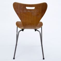 Copy of an Arne Jacobsen office chair, possibly by Heal's London, 1962. Museum no. W.10-2013, © Victoria and Albert Museum, London