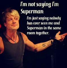 superman and samu haber Bild