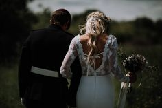 Festival Themed Shabby Chic Wedding with Hay Bales: Kate & Ben Rustic Wedding Dresses, Chic Wedding, Rustic Weddings, Real Weddings, Festival Wedding, Shabby Chic, Rustic Chic, Hay Bales, Wedding Inspiration