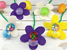 DIY Easter Basket for the gardener Easter egg flowers close up