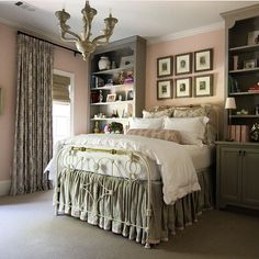 Swoonworthy interior by @shayelyn_woodbery . Love the color combinations highlighting @robertkime  Seychour fabric. #instacrush #checkout #alltheposts #shayelynwoodbery #interiordesign #interiordesigner #todaysinpiration #girlsroom #colormood #humpday #somethingtogetyouthrough #interiors #decor #swoonworthy #colorpalette #print #fabric #robertkime #dontforgettoflip #lovely