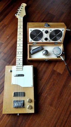 """""""The Squarecaster"""" with amp"""