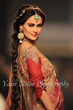 b9c6ce84ce Mehreen Syed @ Bridal Couture Week 2010 (BCW) Style 360 Tikka Jewelry,  Indian