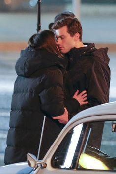 Jamie Dornan & Dakota Johnson's First '50 Shades' Kiss Caught on Film (VIDEO)