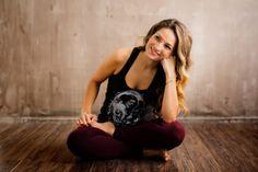 Lifestyle Branding headshot portraits of yoga athlete, Rosie Acosta Lifestyle Branding Headshot-Porträts der Yoga-Athletin Rosie Acosta Yoga Photos, Yoga Pictures, Yoga Pics, Pilates Studio, Pilates Reformer, Headshot Poses, Headshot Ideas, Portland, Yoga Mode