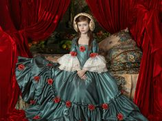 Uma mistura de história colombiana, retratos da Renascença e pintura holandesa do século XVII: assim é a obra da artista colombiana Adriana Duque, exposta na Zipper Galeria com entrada Catraca Livre.