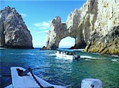 Stone arch of Cabo San Lucas, Mexico. the water was warm and crystal clear