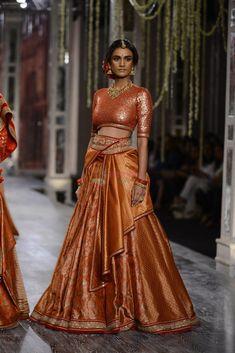 Model walk the ramp for Tarun Tahiliani show at the FDCI India Couture Week 2016 on July 2016 Indian Bridal Outfits, Indian Bridal Wear, Indian Dresses, Indian Wear, Indian Style, Tarun Tahiliani, Lehenga Designs, Lehenga Choli, Anarkali