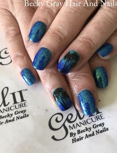#gelii #manicure  Caribbean vibe and blue blue #moyoulondon #nailart #magpieglitter #magpiebeauty bluebell #showscratch #scratchmagazine