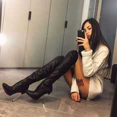 mirror selfie of brown thigh high boots on bare legs with short dress Thigh High Boots Heels, Heeled Boots, High Heels, Brown Thigh High Boots, Sexy Boots, Sexy Heels, Over The Knee Boot Outfit, Botas Sexy, High Leather Boots