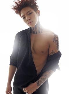 Tattood Twink Receives Head And A Rimjob