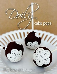 Pretty White Doily Themed Cake Pops Recipe doili cake, tutorials, cake ball, cakes, cake pops, doilies, lace cake tutorial, cakepop, pop tutori