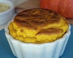 Petits soufflés de potimarron au comté : http://www.cuisineaz.com/recettes/petits-souffles-de-potimarron-au-comte-89841.aspx