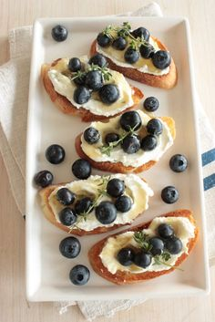 A sweet and savory appetizer perfect for potlucks, blueberry ricotta bruschetta is sure to be a crowd pleaser. The creamy…
