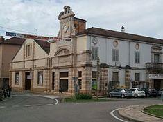 Train station and market, Pont de Vaux