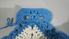 TAPETE RETANGULAR RENDADO EM CROCHÊ COM PASSO A PASSO Gisele, Crochet Projects, Diy And Crafts, Crochet Necklace, Crochet Hats, Beanie, Crochet Rug Patterns, Blue Carpet, Bedspreads