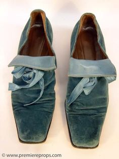Shakespeare In Love Viola (gwyneth Paltrow) Shoes : Lot 219