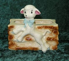 VINTAGE CERAMIC / POTTERY 50'S RETRO SHEEP LAMB LOG CABIN PLANTER CUTE KITSCH #BabyNurseryLine