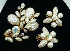 White Molded Lava Glass Flower Brooch & Earrings by Beau Jewels - Vintage Demi Parure Set - Designer Signed #etsy  #etsyretwt