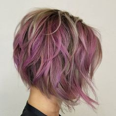 60 Layered Bob Styles: Modern Haircuts with Layers for Any Occasion - Pastel Purple Layered Bob - Short Messy Haircuts, Inverted Bob Haircuts, Layered Bob Hairstyles, Modern Haircuts, Messy Hairstyles, Hairstyle Ideas, Hairstyles 2018, Boy Haircuts, Trendy Haircuts
