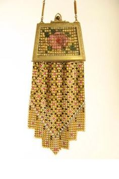When purses were compacts - Art deco enamelled