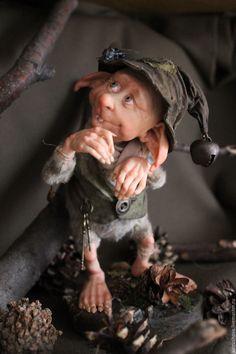Купить Шишкогрыз Рики - хаки, гном, сказочный персонаж, колпачок, лесной житель, шишки