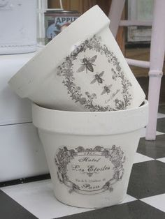 Okio B Designs: Chalk Paint Flower Pots