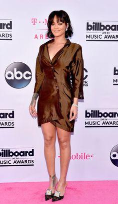 Rihanna veste Thierry Mugler no Billboard Music Awards