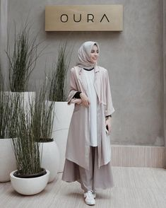 Fashion hijab casual simple scarfs ideas for 2019 Modest Dresses, Trendy Dresses, Modest Outfits, Nice Dresses, Dresses For Work, Hijab Casual, Simple Hijab, Hijab Styles, Hijab Fashion Inspiration
