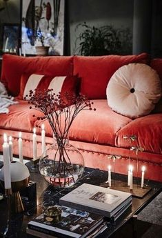 Pantone's 2019 Color: 28 Living Coral Home Decor Ideas - Wohnaccessoires Interior Design Tips, Interior And Exterior, Interior Decorating, Home Decor Inspiration, Design Inspiration, Decor Ideas, Design Ideas, Coral Home Decor, Candles In Fireplace