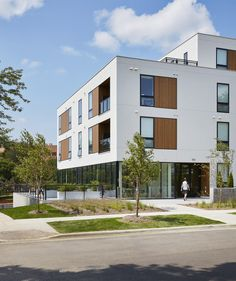 Gallery of Lofts at Mayo Park / Snow Kreilich Architects - 6