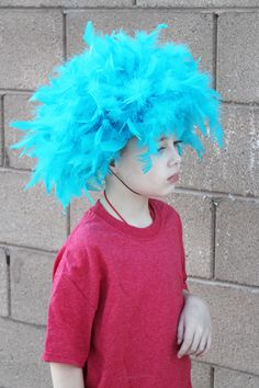 Step by step and video showing you how to DIY Thing 1 and thing 2 hair as part of a Cat in the Hat or other Seuss Book inspired costume.