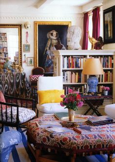 "Home of Carolina Irving. Posted at Habitually Chic ""Oscar's New Creative Director of Home"" (2 February 2014)."