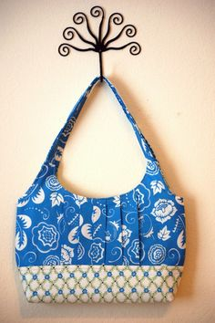 Chemisette Handbag - Pattern by CraftApple