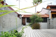 House at Neil Road  / ONG&ONG Pte Ltd