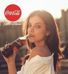 Palvin Barbara nagyon érzi - Fotók és kulisszatitkok az új Coca-Cola kampányról - Sztárhírek - GLAMOUR Online