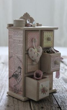 New ideas jewerly box decoupage etsy Wood Projects, Craft Projects, Projects To Try, Woodworking Projects, Teds Woodworking, Diy And Crafts, Paper Crafts, Decoupage Box, Idee Diy