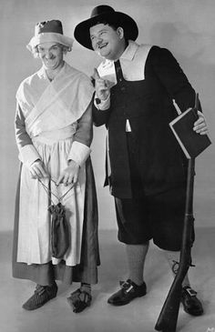 Stan Laurel and Oliver Hardy Laurel And Hardy, Stan Laurel Oliver Hardy, Great Comedies, Classic Comedies, Vintage Movie Stars, Vintage Movies, Vintage Food, Vintage Hollywood, Classic Hollywood