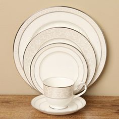 Noritake 'Montvale' 5-piece Platinum Place Setting | Overstock.com Shopping - Big Discounts on Noritake Place Settings