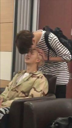 "T_T ""yoongi is to taehyung that namjoon is to jungkook"" - a thread"" Namjoon, Bts Taehyung, Bts Jimin, Bts Bangtan Boy, Jungkook Funny, Jungkook And Jin, Rapmon, Bts And Exo, Foto Bts"