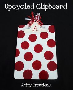 Upcycled/DIY clipboard by Artzy Creations Cute Crafts, Diy And Crafts, Crafts For Kids, Teacher Appreciation Gifts, Teacher Gifts, Craft Gifts, Diy Gifts, Clipboard Crafts, Teacher Clipboard