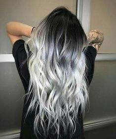 ❄️ ICY HAIR ❄️ for this snowy day - Saç rengi fikirleri - Haarfarben Hair Dye Colors, Ombre Hair Color, Cool Hair Color, Silver Ombre Hair, Black And Silver Hair, Hair Color Ideas, Ombre Bob, Black To Grey Ombre Hair, Long Silver Hair
