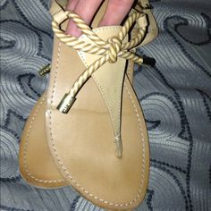 Tommy Hilfiger Sandals Tan and white. Good condition! Tommy Hilfiger Shoes Sandals