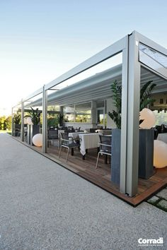 Corradi USA: Pergotenda® Millenium. use for Coca-Cola NY office 10th floor terrace
