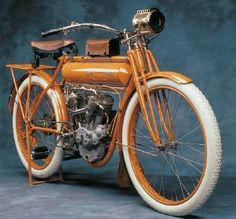 The innovative 1911 Flying Merkel was considered one of the premier motorcycles of its day. See pictures and learn about the 1911 Flying Merkel. Vintage Cycles, Vintage Bikes, Vintage Cars, Vintage Harley Davidson, Scooters, Bobbers, Minneapolis Parks, Antique Motorcycles, American Motorcycles
