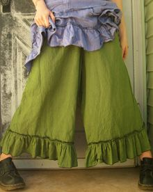 Sarah Clemens Bloomers - Handmade Clothing, I have an Amish Bloomers pattern, so I will try a pair.
