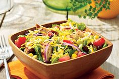 Grilled Chicken Chopped Salad Recipe - The key to this glorious chopped salad is the chicken wlhich is marinated in lime vinaigrette dressing then grilled to juicy perfection Kraft Foods, Kraft Recipes, Grilled Chicken Salad, Chicken Burritos, Salmon Patties, Cooking Recipes, Healthy Recipes, Easy Recipes, Fried Pork