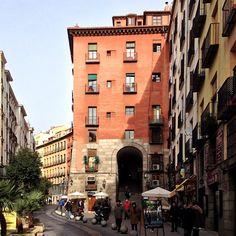 Arco de Cuchilleros, Plaza Mayor. Madrid Photo by lrcasanova • Instagram