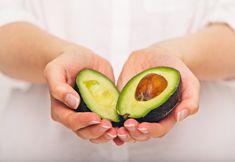 Je bent wat je smeert! Daarom vandaag het recept voor een eetbaar gezichtsmasker van avocado en honing. Avocado is namelijk een superfood voor je huid.