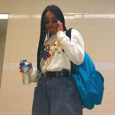 Image may contain: 1 person, standing Hip Hop Fashion, Indie Fashion, Aesthetic Fashion, Aesthetic Clothes, Streetwear Fashion, Look Fashion, 90s Fashion, Fashion Outfits, Black Girl Fashion